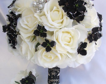 2pcs Wedding Bridal Bride Bouquet Groom Boutonniere w/Gem Jewelry IVORY BLACK