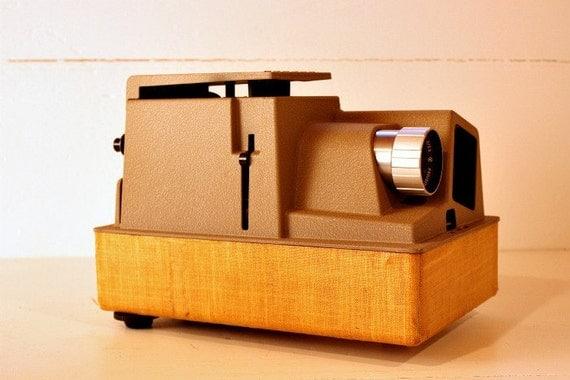 Vintage Slide Projector Revere 555 1950s