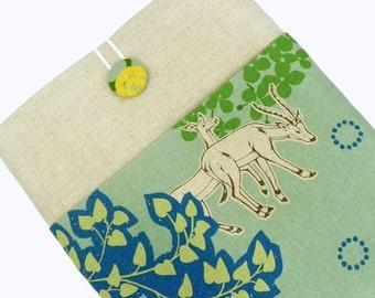 iPad Cover Case, iPad Padded Sleeve - Echino Japanese Linen - Antelopes in the Savannah