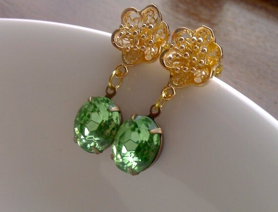 Peridot Vintage Green and Gold Flower Earrings, Estate style - Indian Summer