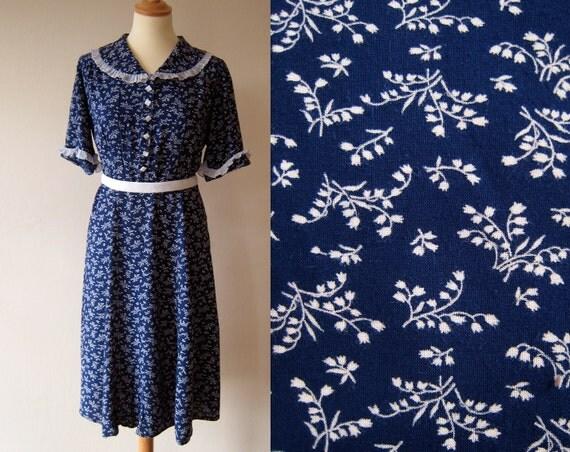 1950s vintage bellflower navy blue and white cotton DRESS bigger size L ruffles