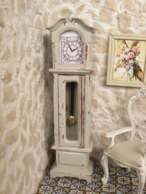 Grandfather Clock  Dollhouse Miniature 1 /12 scale