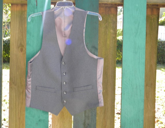 Heather Gray Pinstripe Vest, mens Large