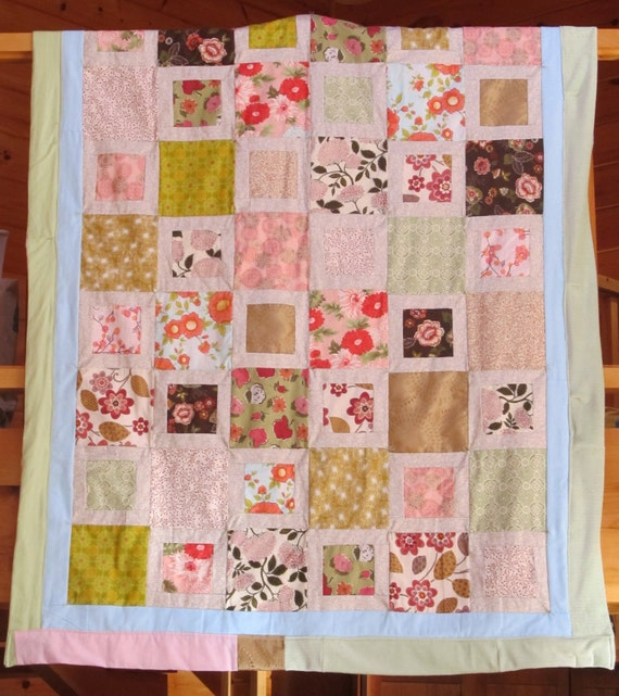 Emily's Bloomers twin sized quilt 52x72 ultra soft and durable