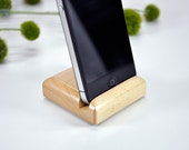Maple Hardwood Stand for the iPhone 4