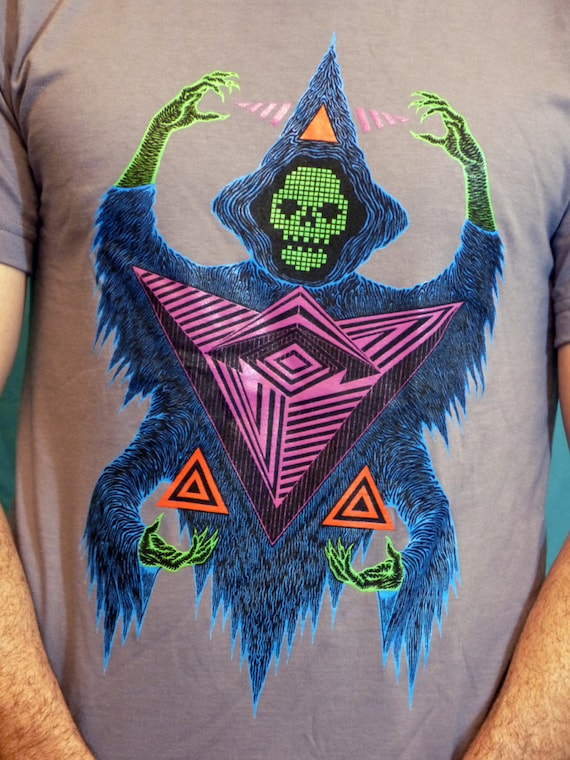 Awesome Geometric Digital Metal reaper wraith Ghost Skull Wizard on America Apparel t-shirts 100% cotton Unisex Meduim
