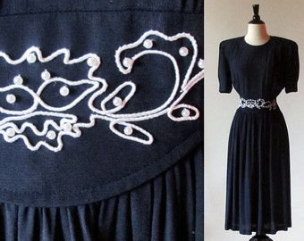 Vintage Black Dress. 80s Rayon midi Dress