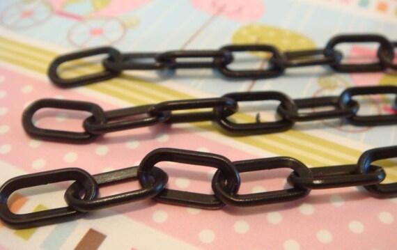BLOWOUT SALE Black plastic chain 40 cm - 3 pcs