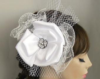 Modern Wedding Hair Flower Bridal Head Piece Fascinator Alternative Rhinestone Accent, White Birdcage Veil, Bridal Flower Hairpiece Mod 60s