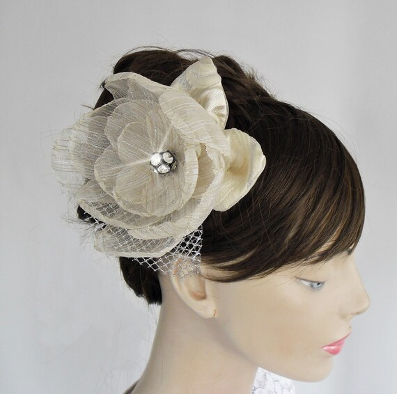 Weddings Head Piece Fascinator in Ivory Cream Beige. Handmade and Unique Design
