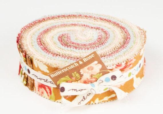 Butterscotch & Rose honey bun by Joanna Figueroa of Fig Tree Quilts for moda fabrics