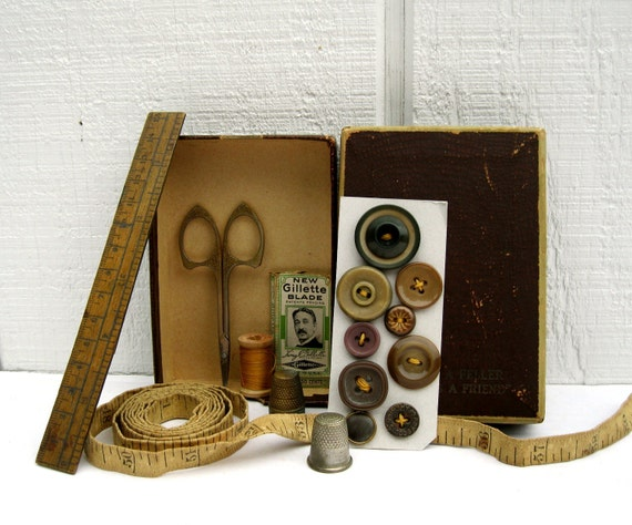 Vintage Sewing Notions, Cloth Tape Measure, Instant Collection
