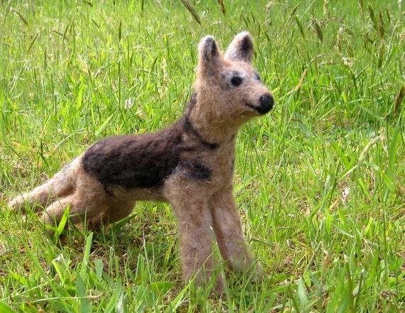 CUSTOM Dog Felt Kit - Complete with Alpaca Fiber, Felting Needles, Detailed Photo Instructions