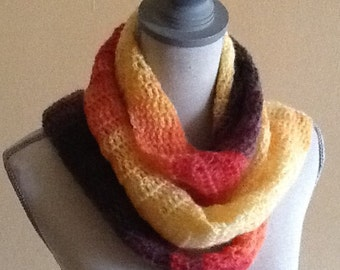 Multi-seasonal Airy Scarf in beautiful ombré shades