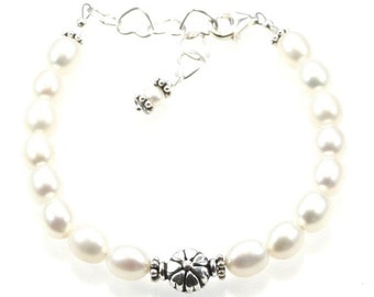 Girl's Freshwater Pearl Bracelet - Flower girl/junior Bridesmaid