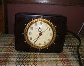 Retro General Electric Bakelite Clock 8HA58 WORKS Vintage