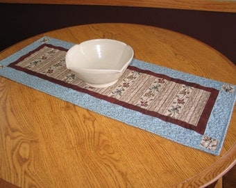 SALE -- Primitive Folk Art Tan and Blue Quilted Table Runner