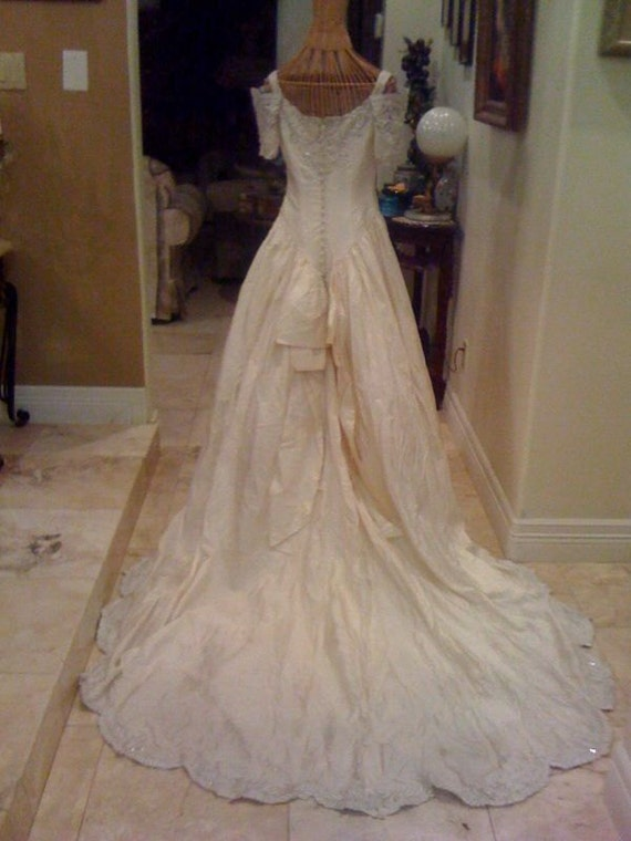 1990s VIctorian Style Wedding Gown 100 Pure By Fashioncorner