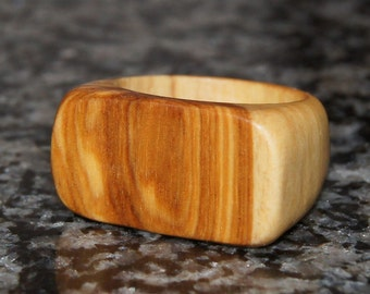 Wood Ring Size 7-Olive Wood Ring
