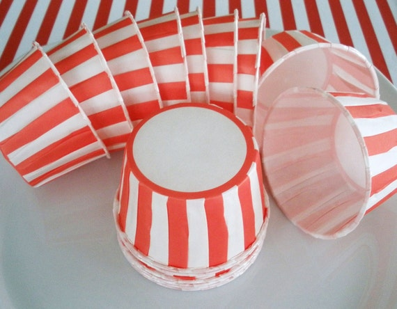 RED STRIPE Baking Cups....20 Ct....Candy Cups, Nut Cups, Ice Cream Cups, Cupcake Cups, Fruit Cups, Dip Cups
