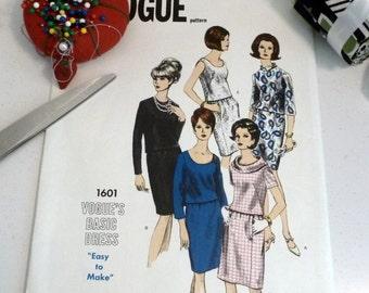 1960s Uncut Vintage Vogue Pattern 1601 Basic Dress Sz 14 Large New NIP