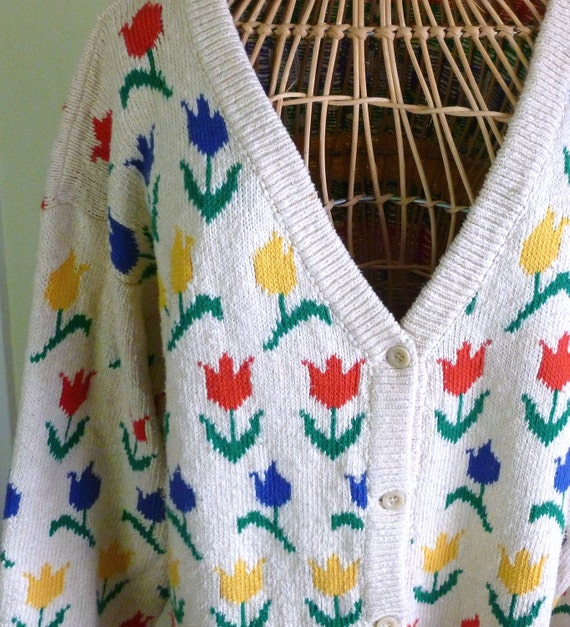 80's Cardigan Sweater Tulips Over Sized Large