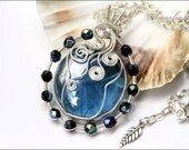 Deep sea- OOAK,  Glass and silver plated wire wrapped pendant
