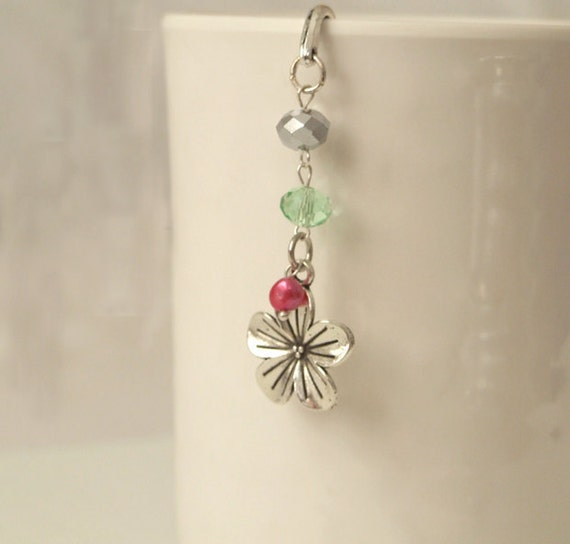 Flower Bookmark - Beaded Bookmark - Floral Bookmark