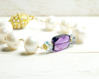 Amethyst and White Pearl Bracelet/ Bridal Statement Bracelet, Pearl and Amethyst Bridal Bracelet, Amethyst Bridal Jewelry, February