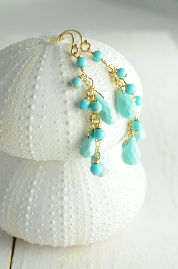Gorgeous turquoise cluster earrings