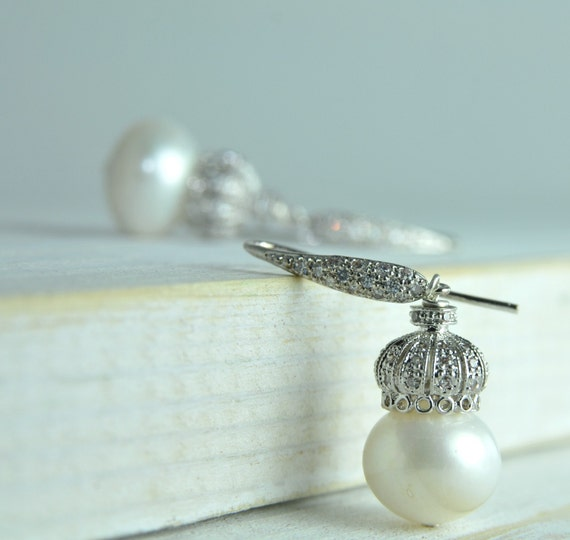 Fine Jewelry/Classic Pearl Earring/Bridal Jewelry / Pearll Bridal Earring