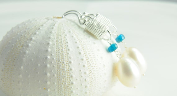 Sterling Silver White Pearl Earring/ Modern Sterling Silver White Pearl Earring/ Apatite and Pearl Earring