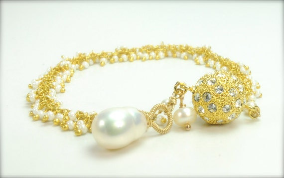 On Sale, Sample Sale/Cluster White Pearl Bracelet in Gold