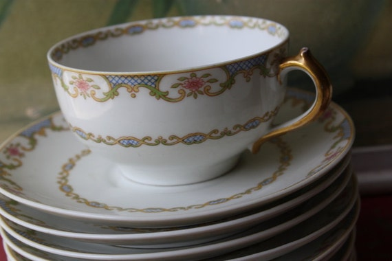 68 Piece Dinnerware Set Of French Haviland Limoges By Gerard Dufraisseix and Abbot