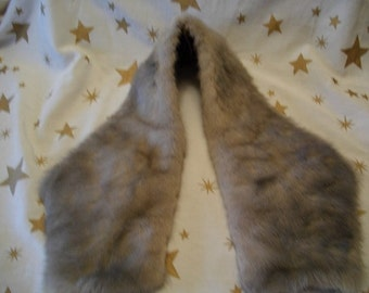 Vintage Grey Fur Collar from the 50's