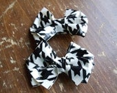 SALE 2 Black and White Houndstooth Print Duck Duct Tape Bows on Alligator Clips
