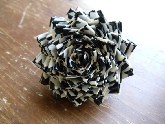 SALE Black and White Houndstooth Duck Duct Tape Big Bloom Rose on Alligator Clip with Teeth