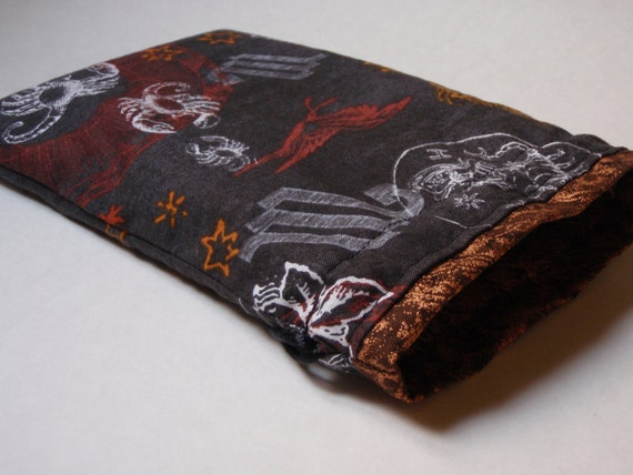 Scorpio Tarot bag with bronze trim (large)