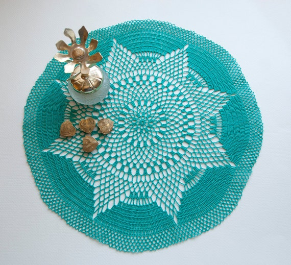 Hand crocheted doily, new, 14 inches round, teal or turquoise, table decor, frame for wall decor
