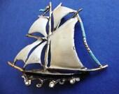 SALE TREASURY ITEM Vintage painted 3D Pirate shipwreck brooch