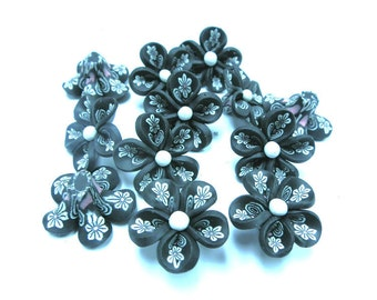10 Fimo Polymer Clay Black  Flower Fimo Beads 25mm