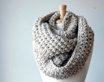 crochet scarf, chunky knit scarf, crochet Infinity scarf, knit infinity scarf, oatmeal scarf,  chunky scarf,  knit winter scarf,