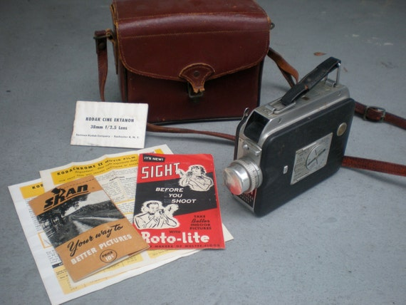 Vintage CINE-KODAK MAGAZINE 8 Movie Camera