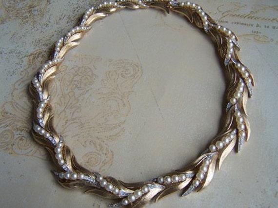 Vintage Trifari Demi Parure Brushed Gold Necklace