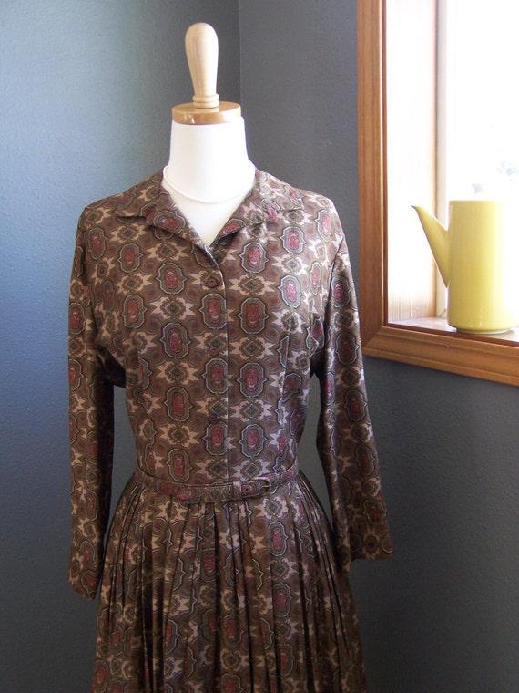 Vintage 50's Brown Print Long Sleeve Swing Dress