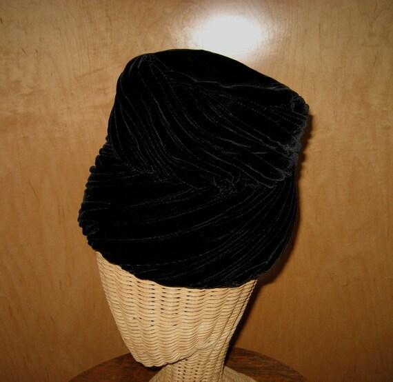 Vintage Ladies Hat Black Velvet Fez Turban Mr. Stanley