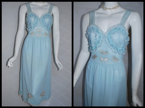 1950s Baby Blue Nightgown, Nan Flower  Ruffles & Lace Nightgown with Appliques  XS Small  32