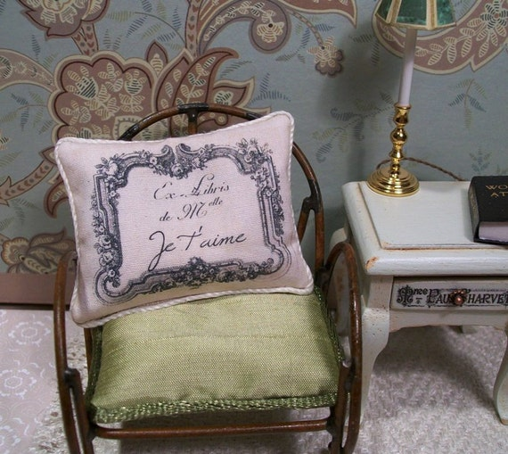 Dollhouse Miniature Handmade vintage style Paris France, French  Je T'aime shabby, chic, cottage dollhouse decor pillow in poplin