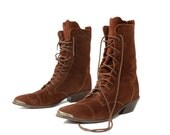 Vintage DINGO Boots Lace Up Granny with Country Western Twist in Rust Brown Suede for Women's Size 8 1/2