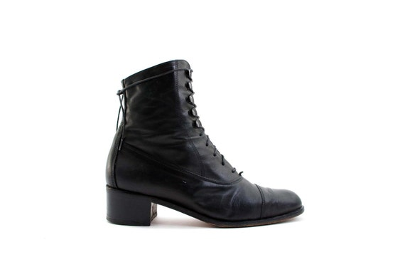 Women's Tall Lace-up Ankle Boots with Cap toe in Black Leather by Andre Assous size 8